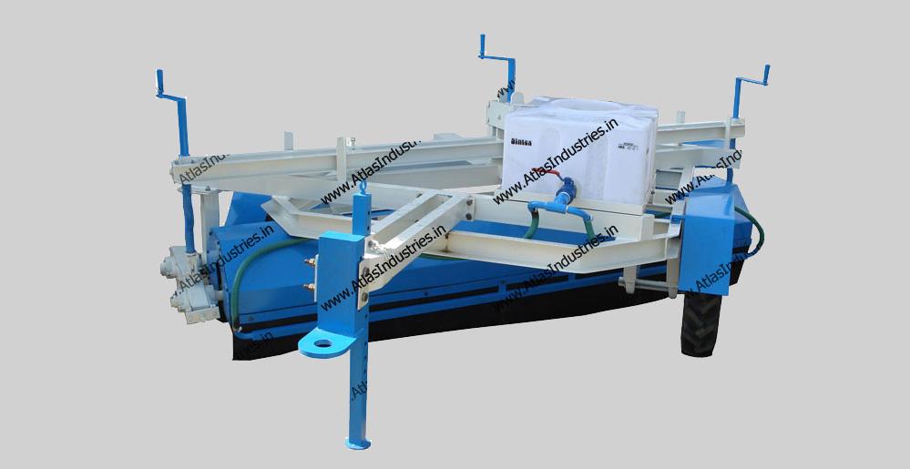 mechanical broomers water sprinkling