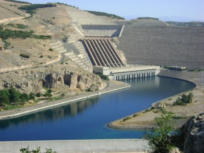 Some of the world's largest dams.