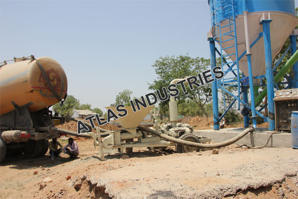 Exporter of mobile concrete mix plant in Chaapi, India