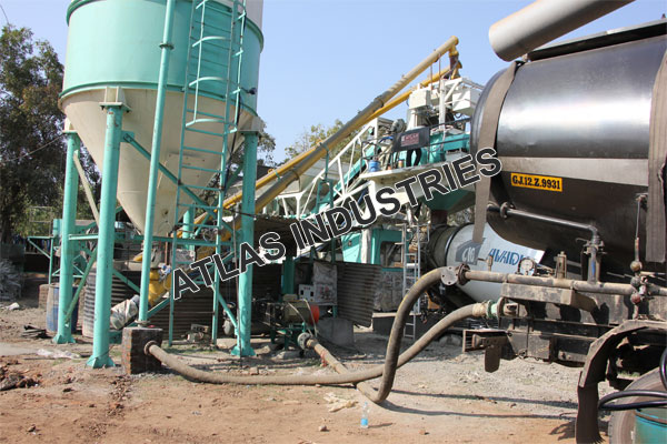 Mobile concrete batching plant installed