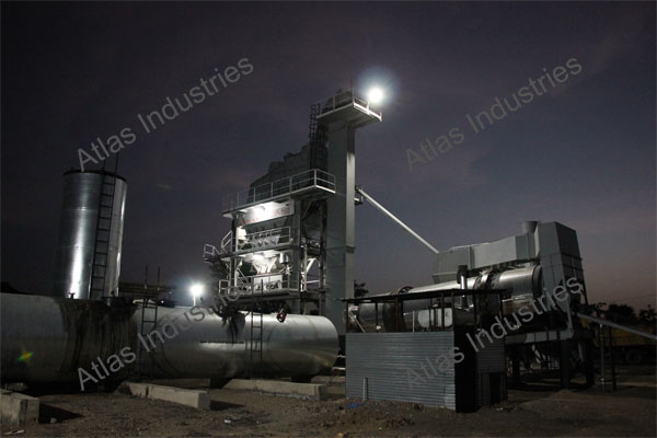 160 tph Asphalt batching mixing plant installed in Aurangabad