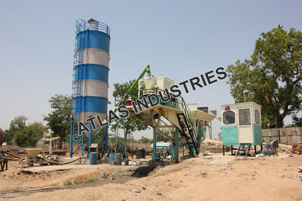 For sale mobile concrete mix plant in Chaapi, India