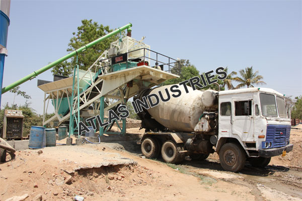 Manufacturer and exporter mobile concrete mix plant in Chaapi, India