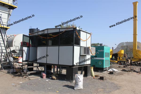Control cabin for asphalt mixer