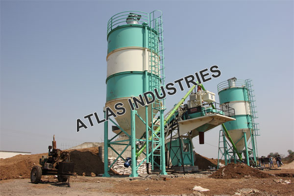 Mobile concrete plant with 60 tons cement silo for sale