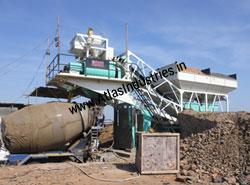 Mobile concrete mixer : 45 m3/hr.