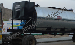 Fuel tank with bitumen tank