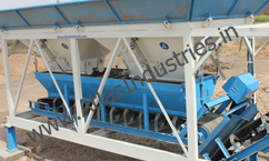 Weighing conveyor