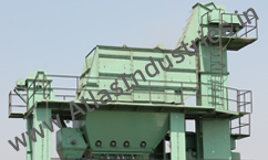 Hot elevator and mineral filler hopper with elevator